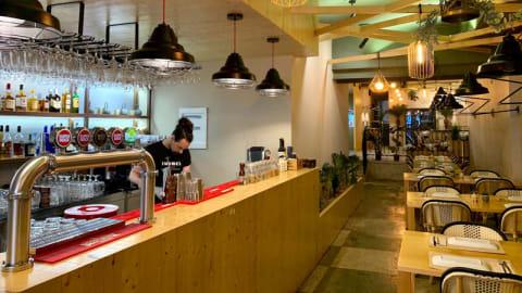 Thamel Restaurant, Porto