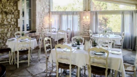 Silencio à la Maison de l'Aiguebrun, Bonnieux