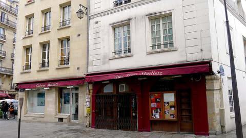 Aux Trois Mailletz, Paris