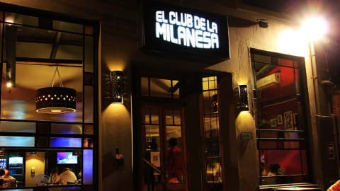 El Club de la Milanesa (Fondo de la Legua), Buenos Aires