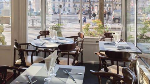 Bao Wong, Paris