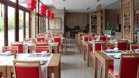 Restaurante Super Chef Chines Cuisine, Lisbon