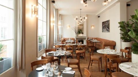 Rae's Restaurant, Paris