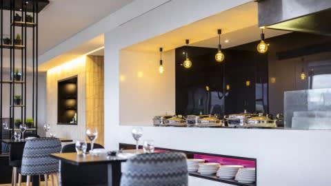 MRepublic Restaurant Bar & Lounge, Brisbane