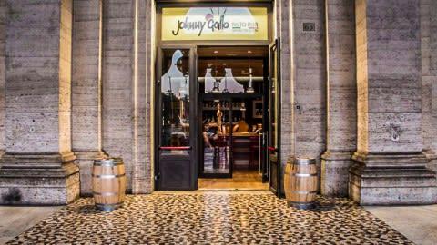 Johnny Gallo Roma, Roma