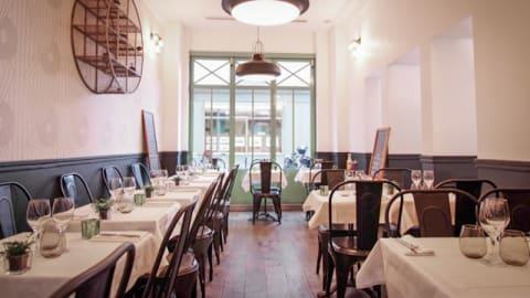 Restaurant AG, Paris