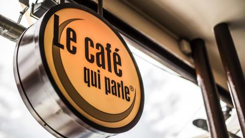 Le Café Qui Parle, Paris