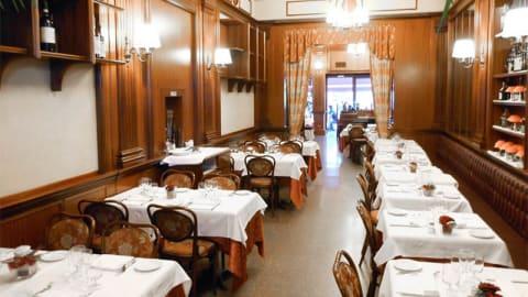 Royal Restaurant, Milan