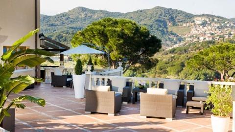 Les Terrasses - Hotel Porta d'Alella, Alella