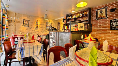 Chez Lucy, Paris
