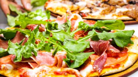 The Pizza Factory (Patio Bellavista), Providencia