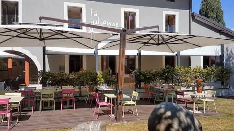 Café Julienne, Plan-les-Ouates