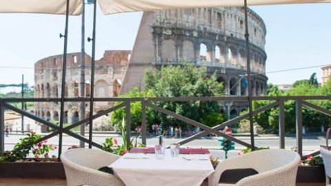 Royal Art Cafe, Rome