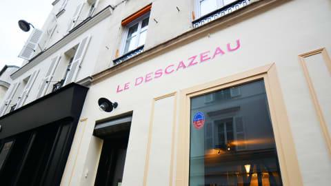 Le Descazeau, Paris