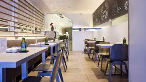 Axarquía Restaurant, El Prat De Llobregat