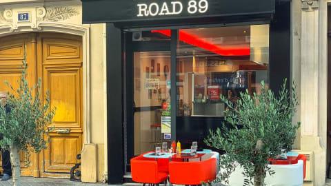 Road 89, Paris