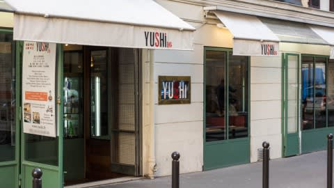 Yushi 16, Paris