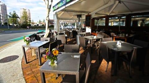 Lolas Restaurant Cafe Bar, Broadbeach
