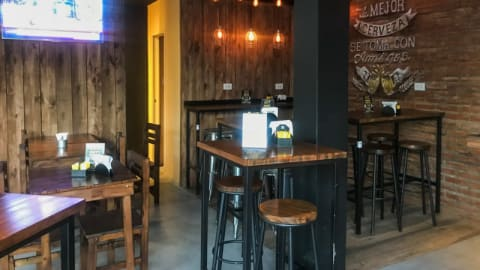 Homero's Beer & Burgers, Buenos Aires