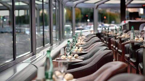 Bateaux Paris en Scène : dîner croisière, Paris