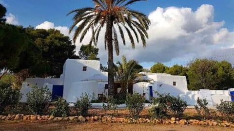 Can Mosson, Eivissa