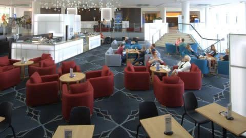 Panorama Lounge, Benowa