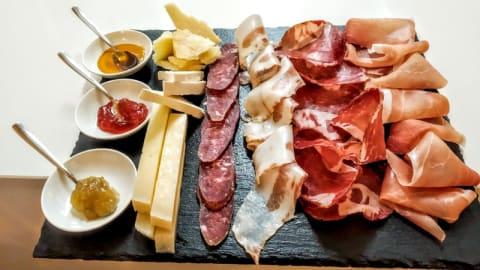DI'VERSO Restaurant & Wine bar, Cagliari