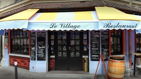 Le Village, Paris