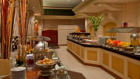 Las Palmeras (Sheraton Lima Hotel & Convention Center), Lima