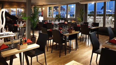 Restaurant & Lounge Club Vela Blanes, Blanes