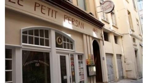Le Petit Persan, Lyon