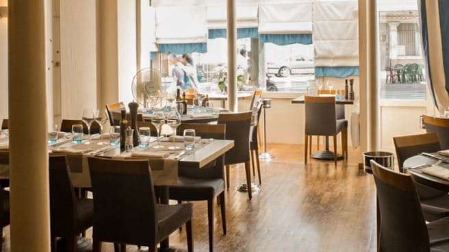 La Bonne Table In Clichy Restaurant Reviews Menu And Prices