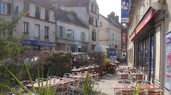 Restaurant Le Paris A Houdan 78550 Avis Menu Et Prix