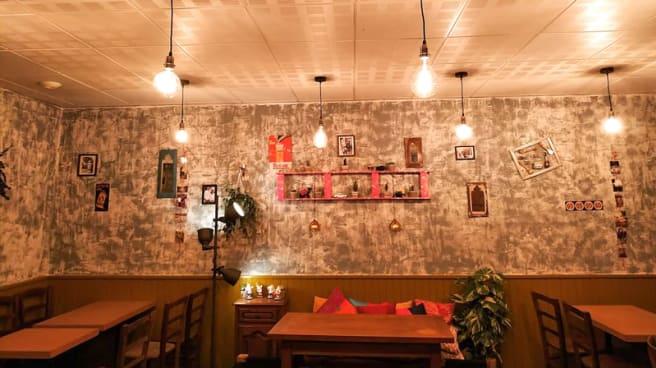 Deb S Bistro Inn In Lyon