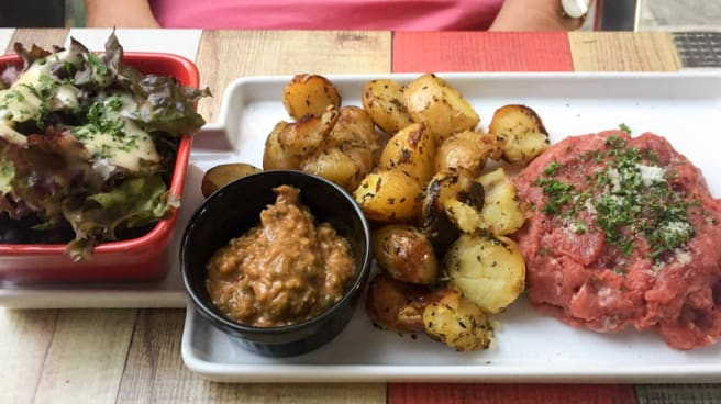 Rouge Et Noir In Troyes Restaurant Reviews Menus And Prices