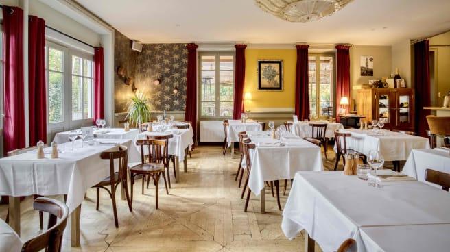 Restaurant Hotel De La Gare A Couzon Au Mont D Or 69270 Menu
