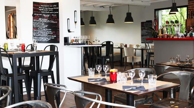 L Atelier Des Jumeaux In Pont De Metz Restaurant Reviews Menu