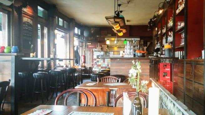 Binnen Buiten Amsterdam.Cafe Binnen Buiten In Amsterdam Menu Openingstijden