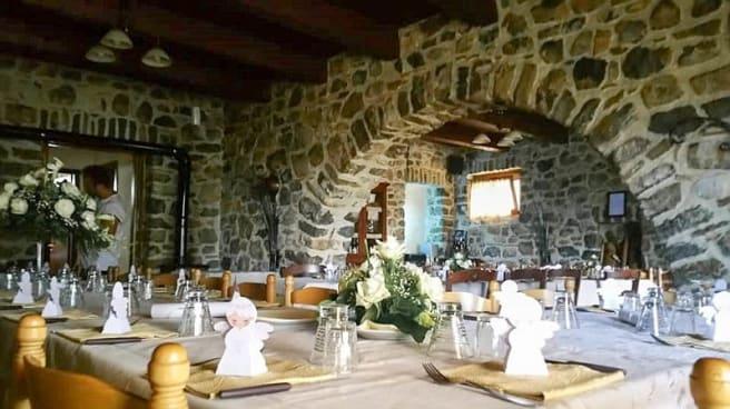 Vista sala - Agriturismo Masseria Campolerose Restaurant