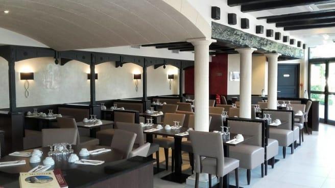 Restaurant Le Menhir A Torcy 77200 Avis Menu Et Prix