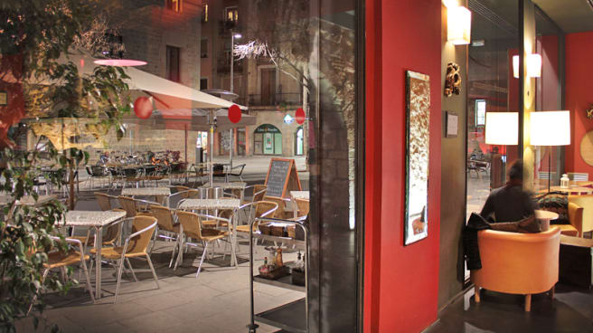 studera och jobba i Barcelona Al Sur cafe barcelona - student expat