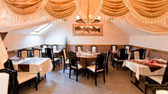 Restaurant La Table Servie A Corbeil Essonnes 91100 Avis Menu