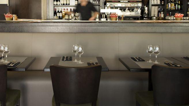 Restaurant La Terrasse Nanterre Prefecture Cartier Love Online